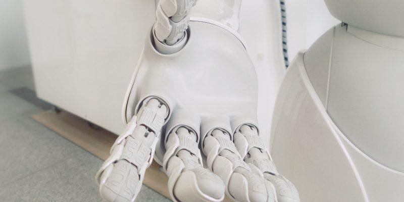 BusinessOulu kokeilee Botlabsin robotiikkaa raportoinnissa